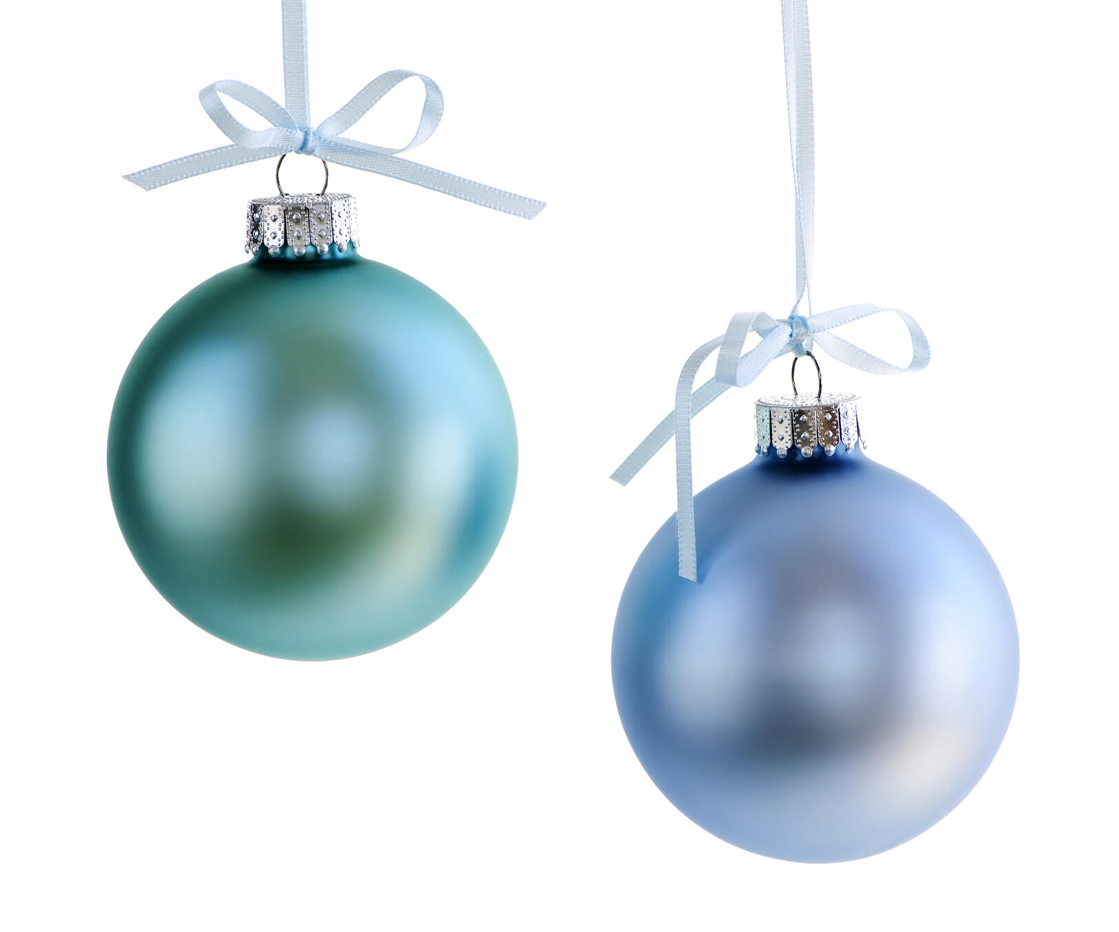 blue_christmas_ornaments