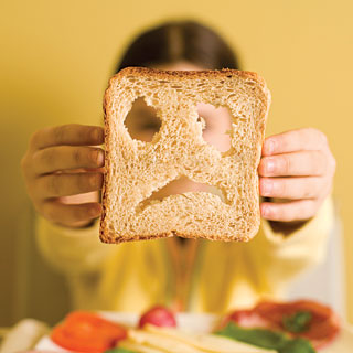 what are the symptoms of gluten intolerance and celiac disease