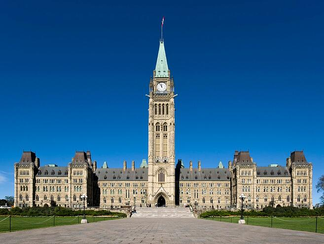 Why does Health Canada want to overhaul the natural health products regulations?
